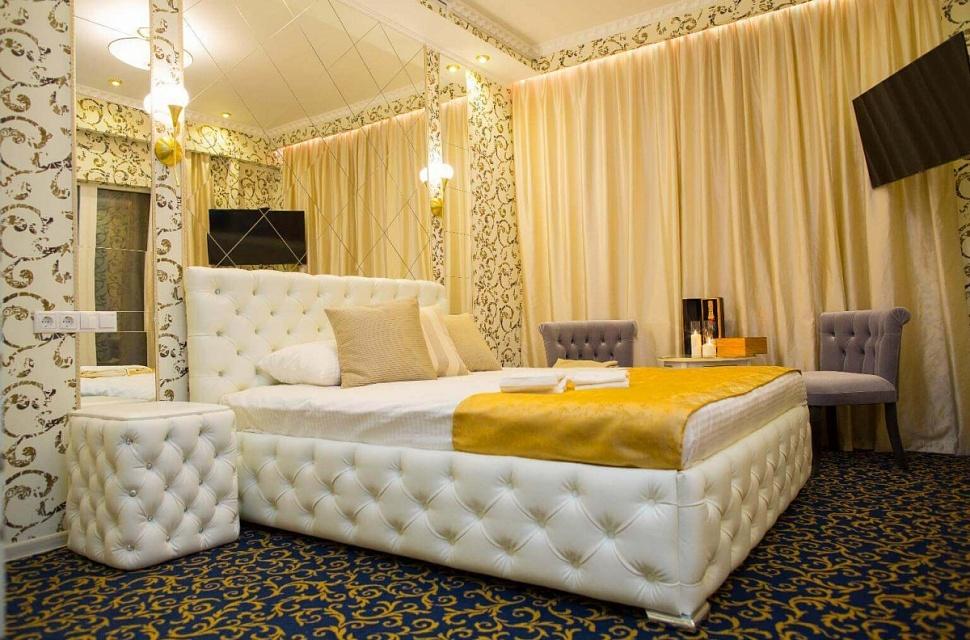 Секс в отеле на сутки